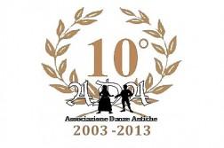 ADA Associazione Danze Antiche, logo celebrazione del decennio di attività.