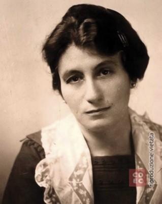 AURELIA JOSZ (ritratto)