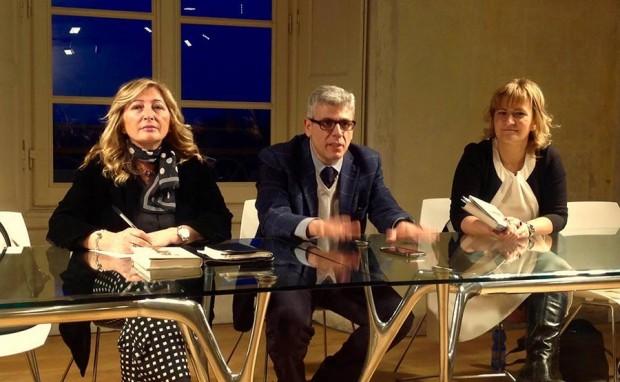 Giuseppe Lupo con Antonetta Carrabs ed Elisabetta Motta della Casa della Poesia di Monza