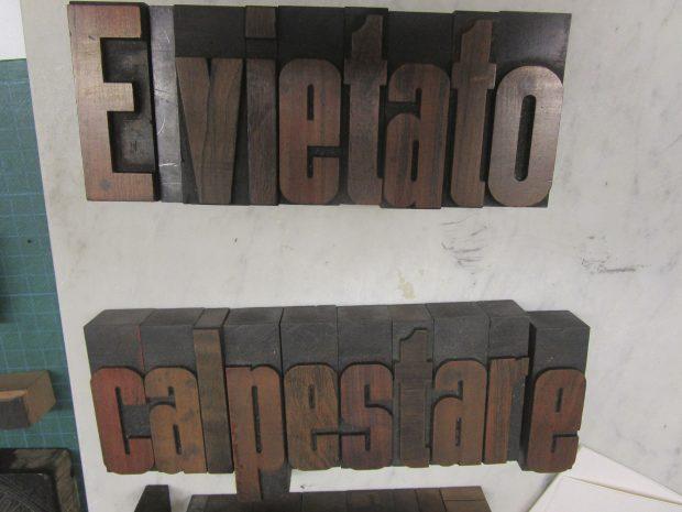 Caratteri tipografici in legno per la stampa