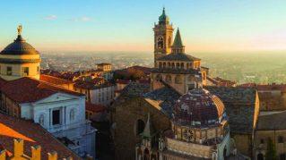 #iorestoacasa e #ladedicoate L'ITALIA DEI POETI - Una poesia per la mia città